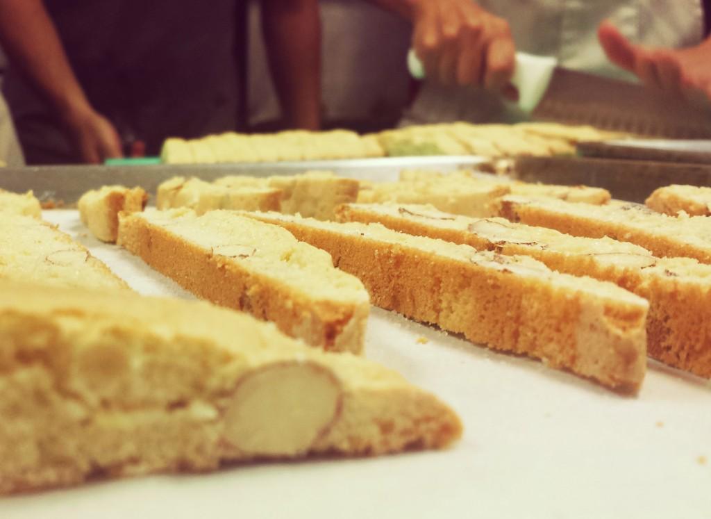 KosherTrav-DiningIn-biscotti2